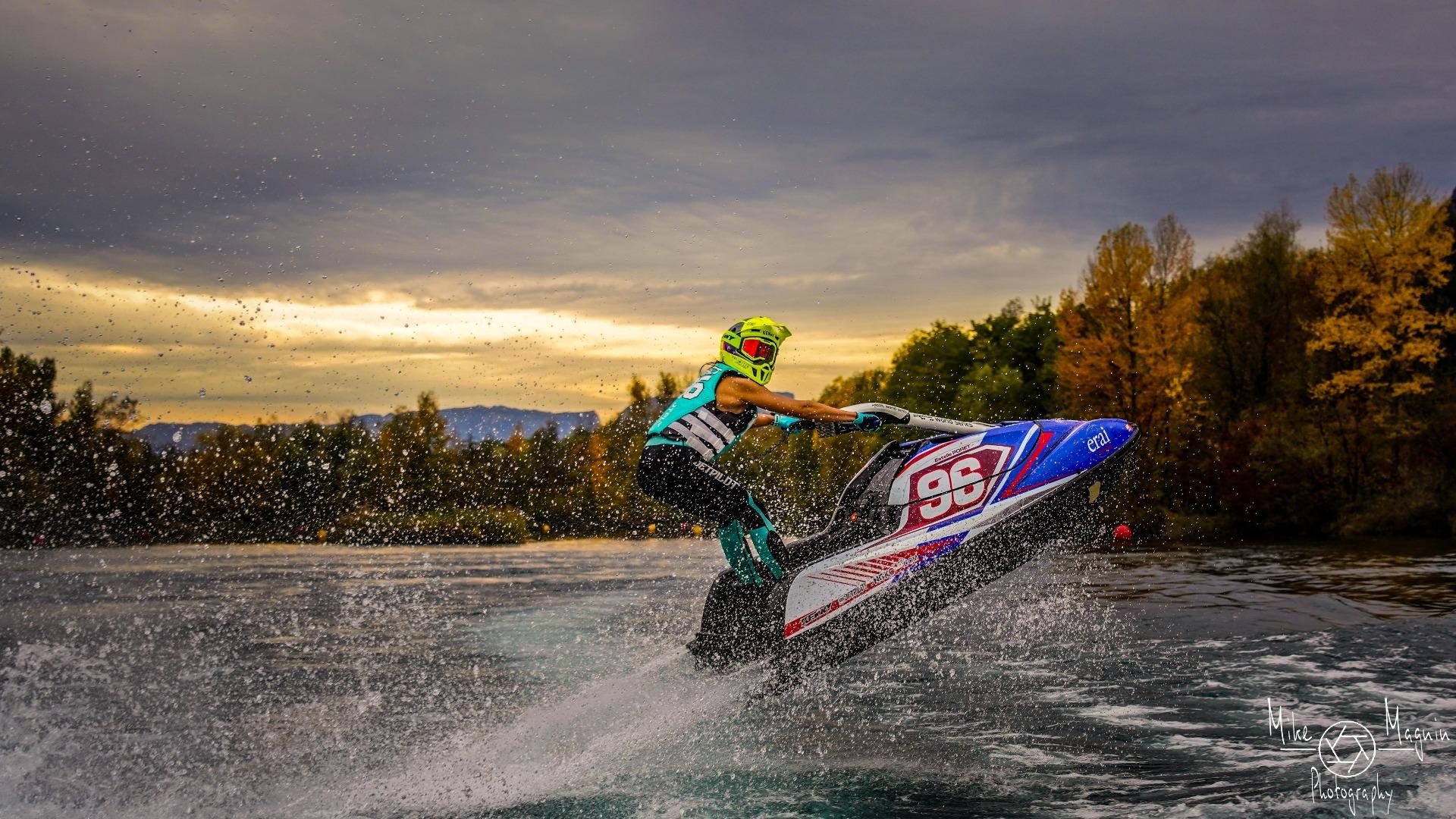 NGK sponsorise EP Racing 96